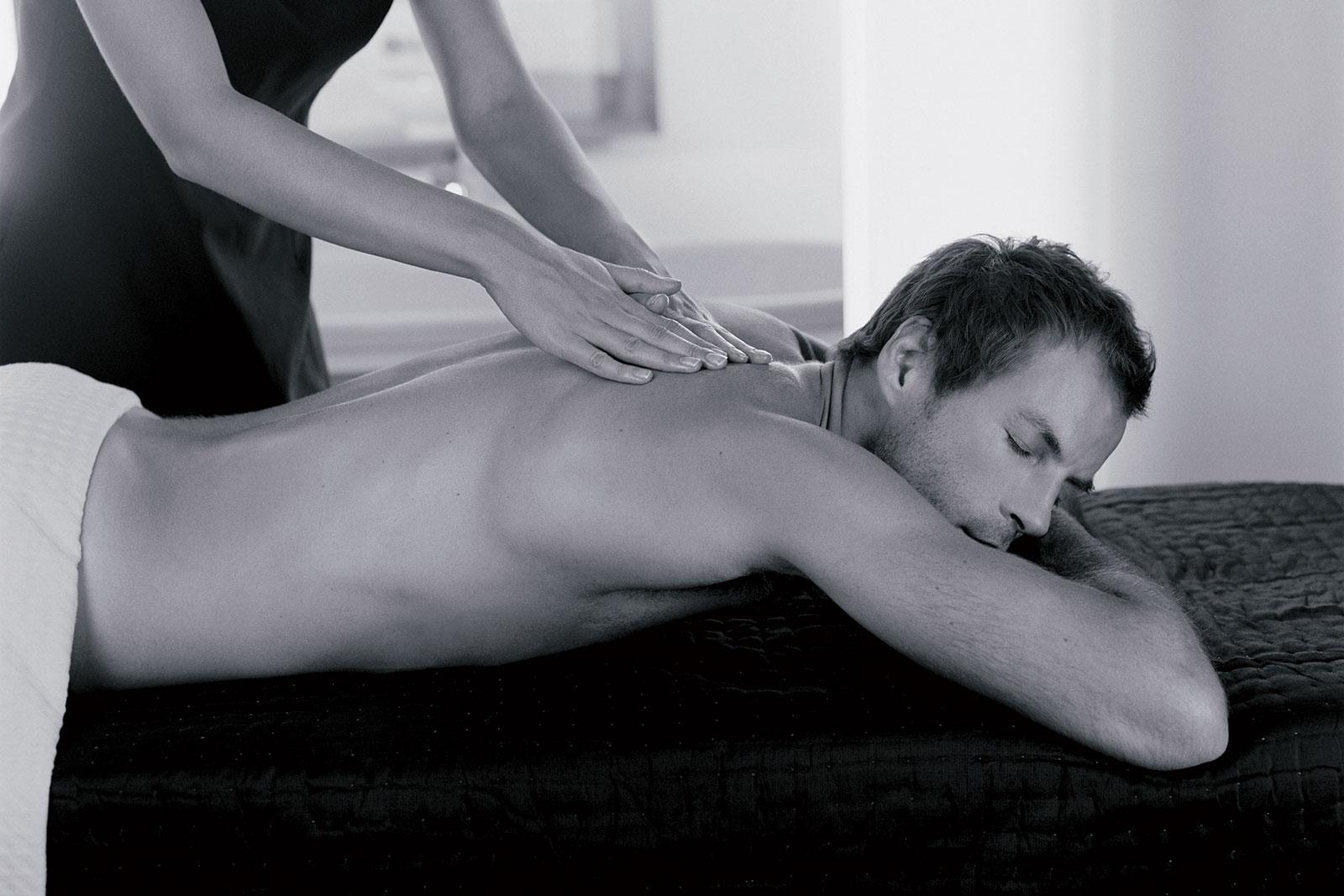 BnW-Male-Massage-2-copy